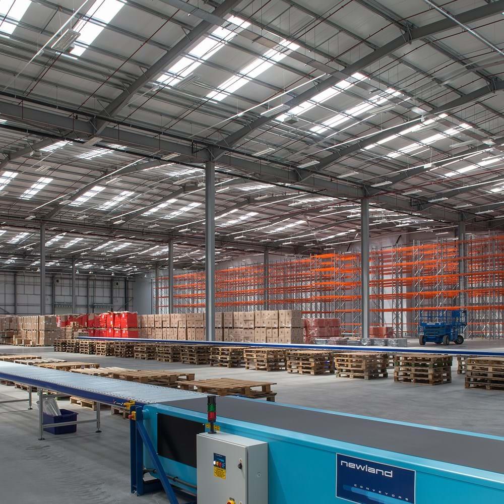 London Gateway Logistics Ctr (3)_1600x1000.jpg